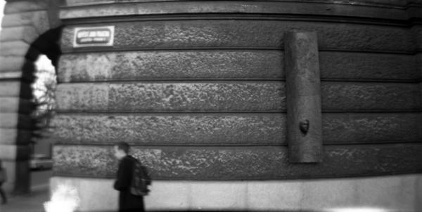 Ian Pallach... Praha.
